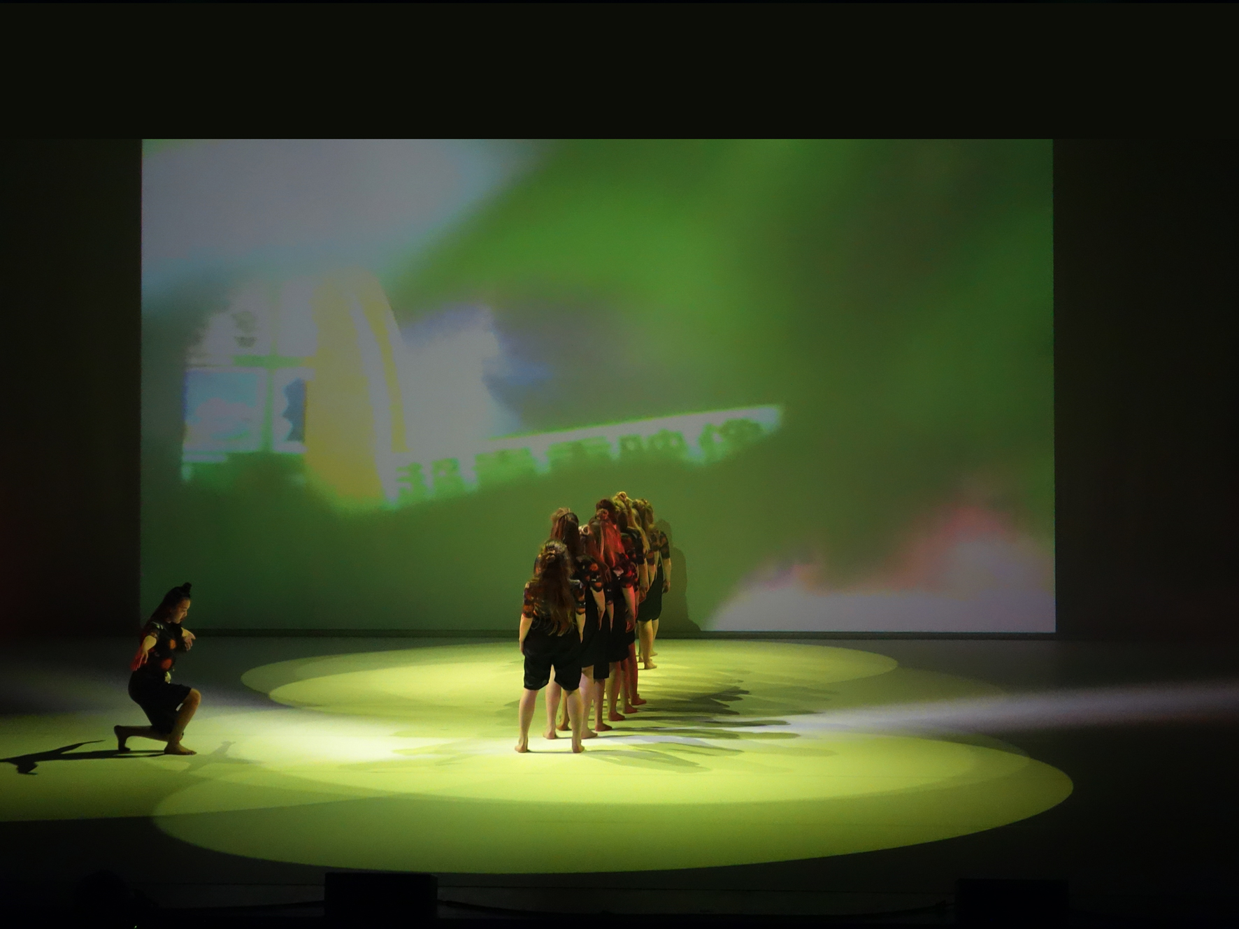 Behind Green, video projection Trippeldans, Bærum Kulturhus March 2015