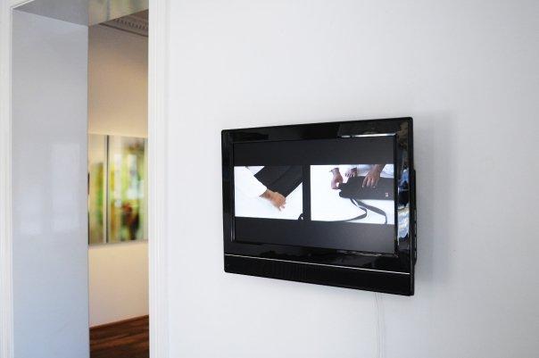 Video; ITO, 3:10 min. Japan 2008.<br /> Ito folding a hakata at Aikikai Foundation, Aikido World Headquarters, Tokyo, Japan